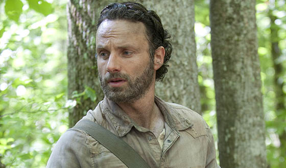 The Walking Dead star Andrew Lincoln crashes Stroud Bowl for a cause
