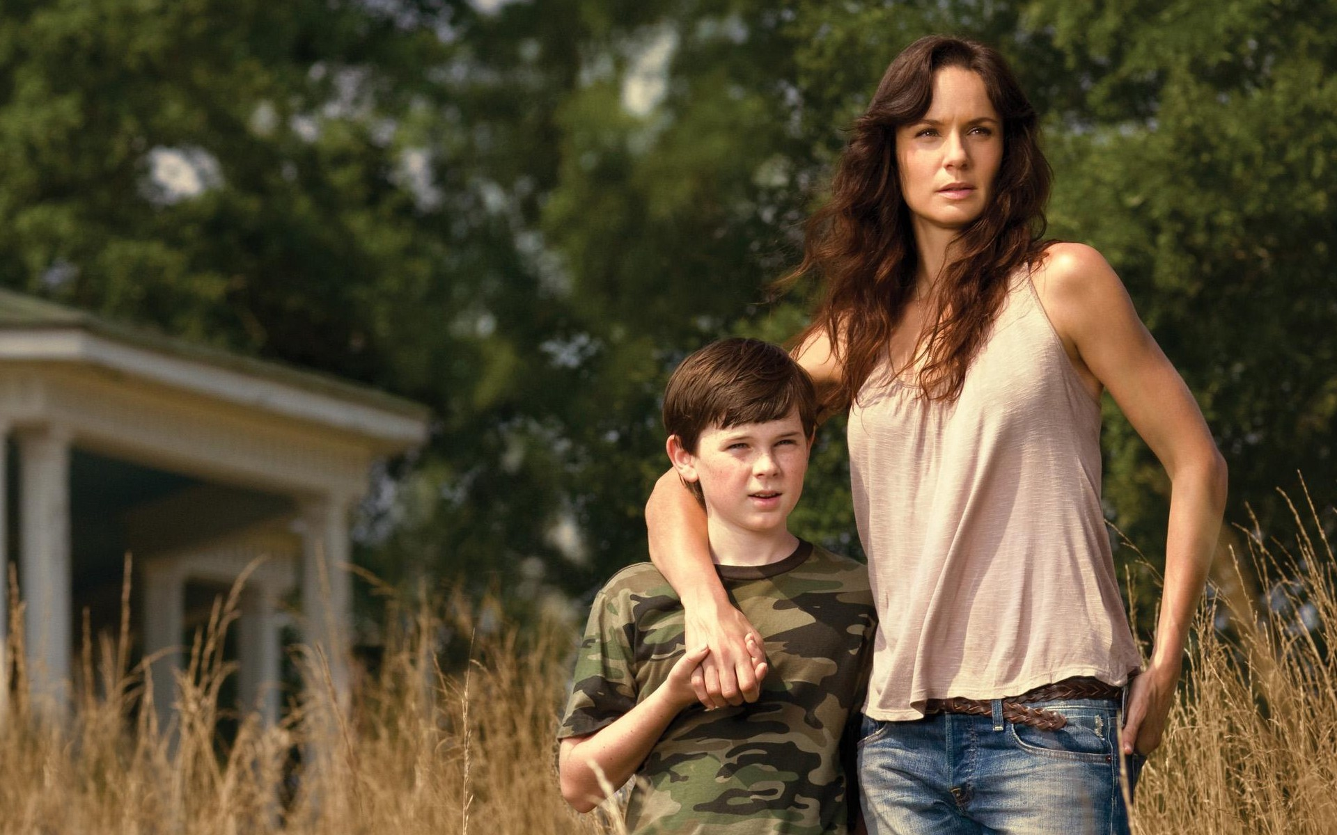 The Walking Dead What If Lori Grimes Survived Childbirth